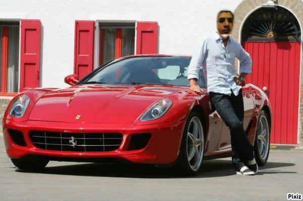 moi dans ma voiture que j'ai gagné au lotto lol