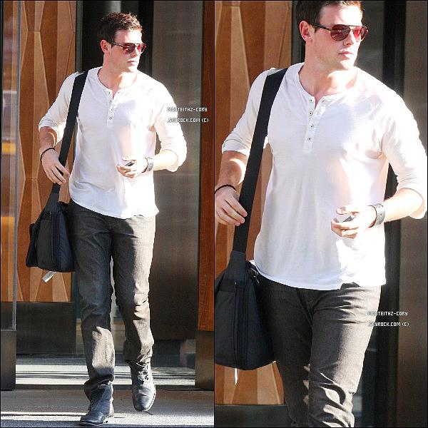 *19.06.2011 - Cory a encore été vu sortant de son hôtel mais cette fois à Soho. *