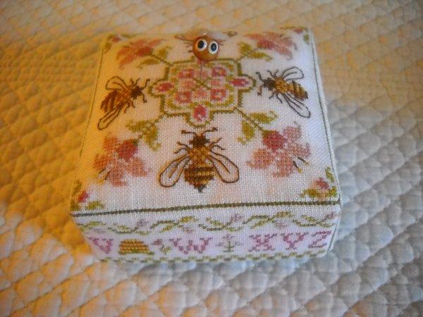 Coussin d'abeilles