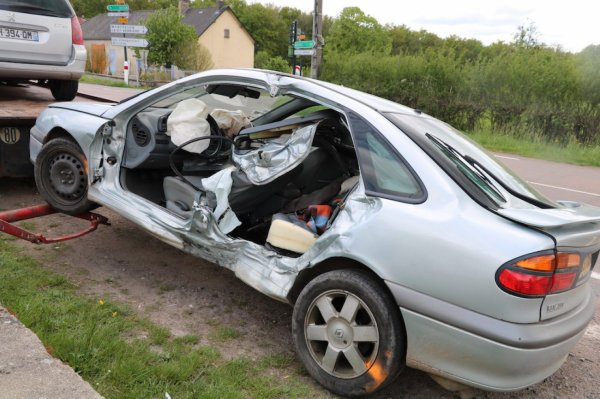 ROUSSILLON-EN-MORVAN : Deux blessés dans une collision AUTUN INFOS