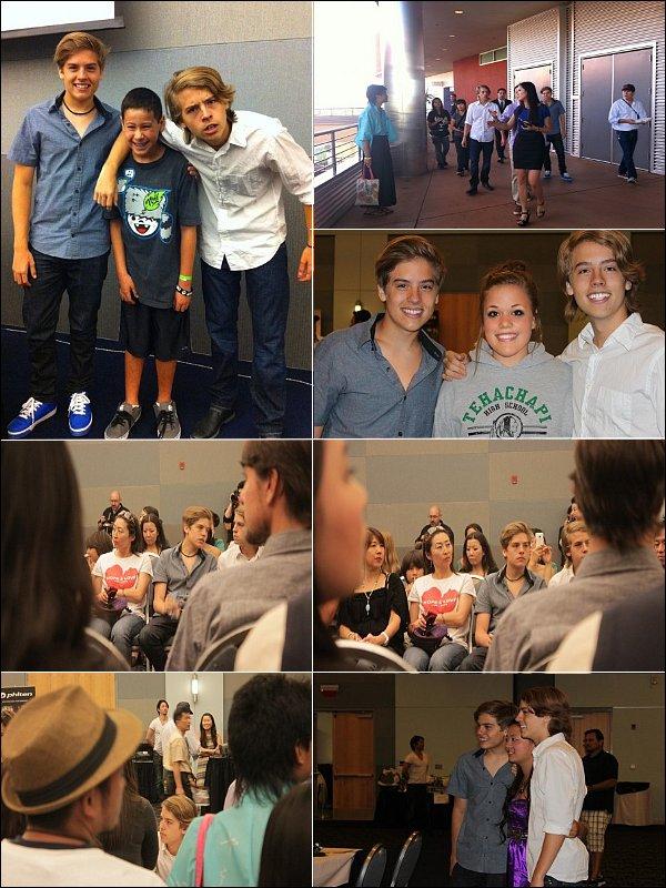 . 3 Septembre 2011 - Bonne rentrée ! Découvrez les dernières news des jumeaux de ce mois d'Août ! .