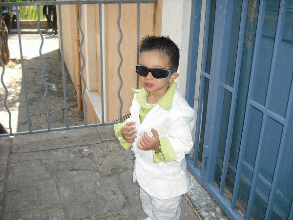 mon neveu en mode clase pour le ramos