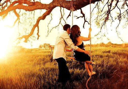 Il arrive que deux âmes se rencontrent pour n'en former plus qu'une. Elles dépendent alors à jamais l'une de l'autre. Elles sont indissociables et n'auront de cesse de se retrouver, de vie en vie. Si au cours d'une de ces existences terrestres une moitié venait à se dissocier de l'autre, à rompre le serment qui les lie, les deux âmes s'éteindraient aussitôt. L'une ne peut continuer son voyage sans l'autre.
