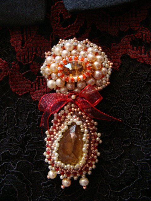 broche baroque