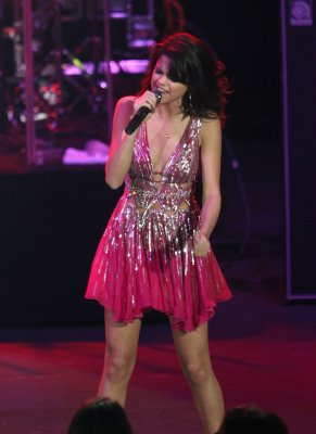Selena a son concert O.C. Fair le dimanche 24 juillet