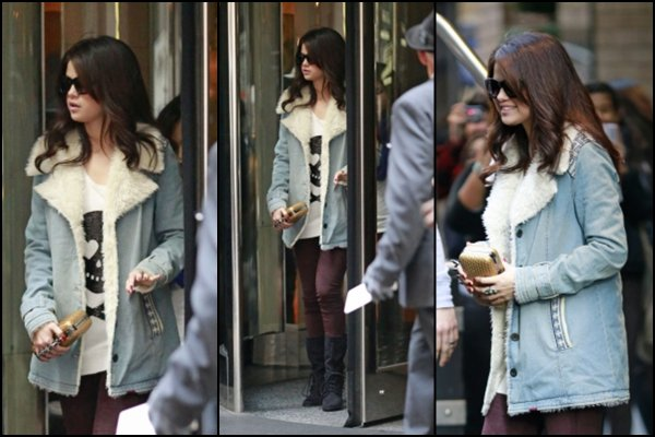 12/11/2012: Selena sortant de son hôtel à New York
