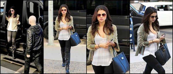 19/11/2012: Selena arrivant au Medical Center à Los Angeles