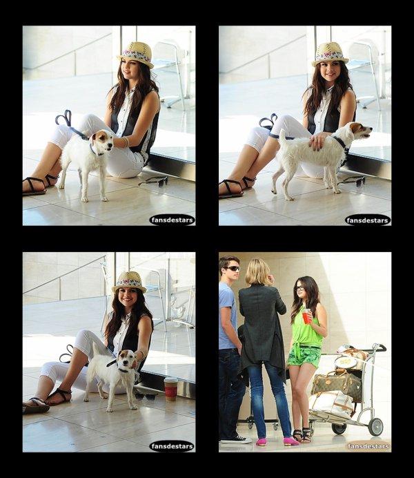 Selena pour sa collection de vêtement Dream Out Loud (printemps 2013)
