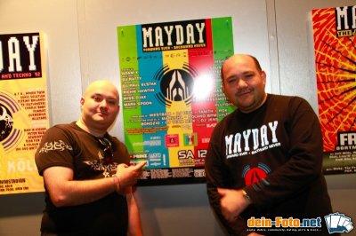 mayday foto internet