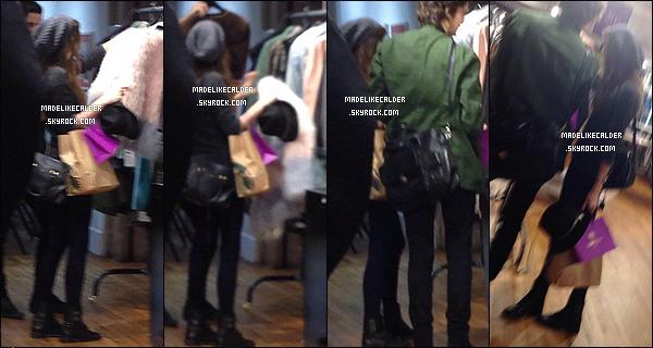 17/10/14: La sublime Eleanor à été aperçue dans un magasin nommé « Liberty London » accompagnée de son ami Max, à Londres. Désoler si les photos sont de mauvaise qualité. Sinon même si c'est très simple, c'est un énorme top pour cette tenue toute noir. Et toi, qu'est ce que tu en pense?