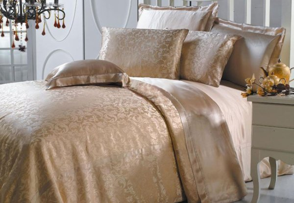 Silk Bedding Set Anoushka