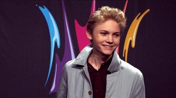 Ulrik participe de nouveau a l'émission Melodifestivalen