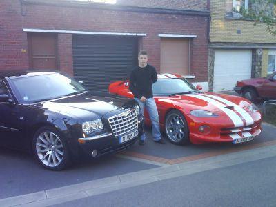 Chrysler 300 C SRT et Chrysler Viper GTS