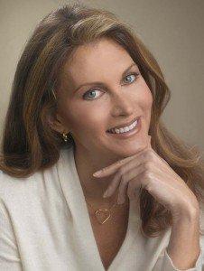 Self-Esteem Expert BYOU CEO Debra Gano Headlines 2012 Girls World Expo