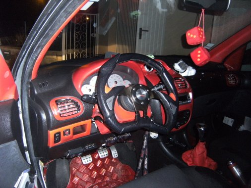 Peinture interrieur ma 206 tuning for Peugeot 206 tuning interieur