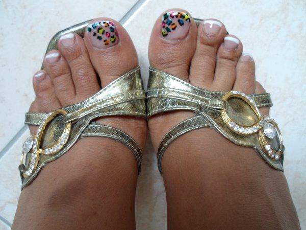 pied au couleurs d été