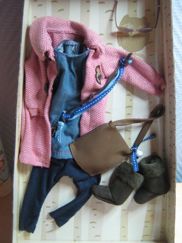"Vêtements Zapf création  "" Annabelle """