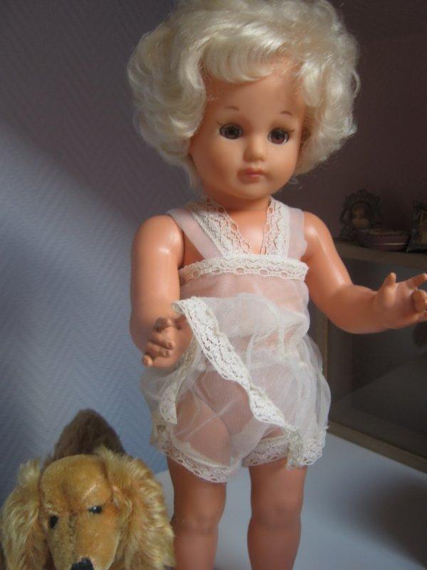 Marilyn montre ses dessous