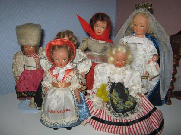 Plusieurs tailles chez ces petites poupées.