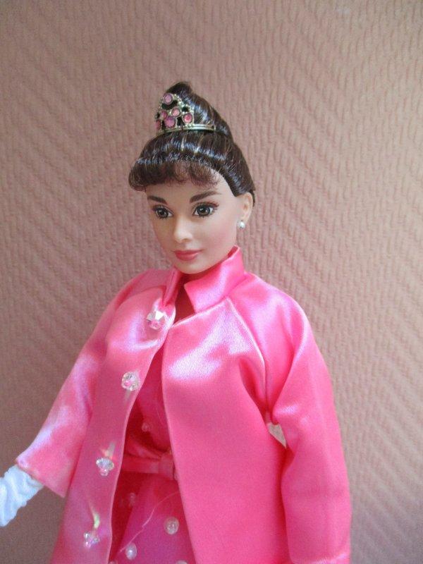 """Poupée"""" Audrey Hepburn"""""""