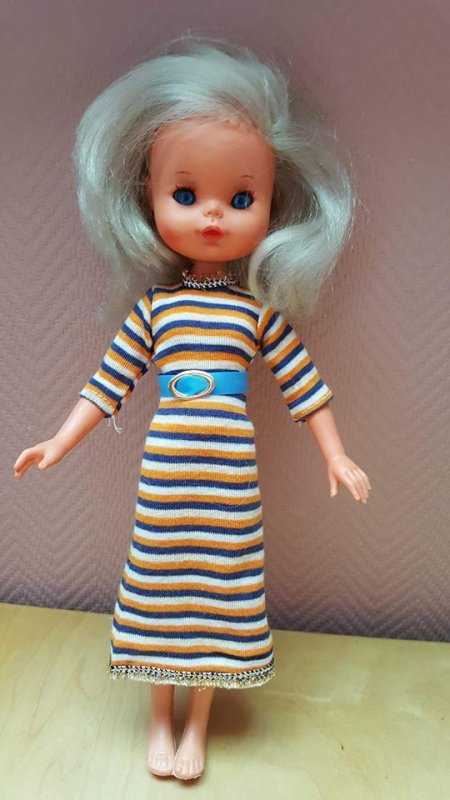 Furga ( mannequin ) Lisa -Jeans 28 cm 1960/70