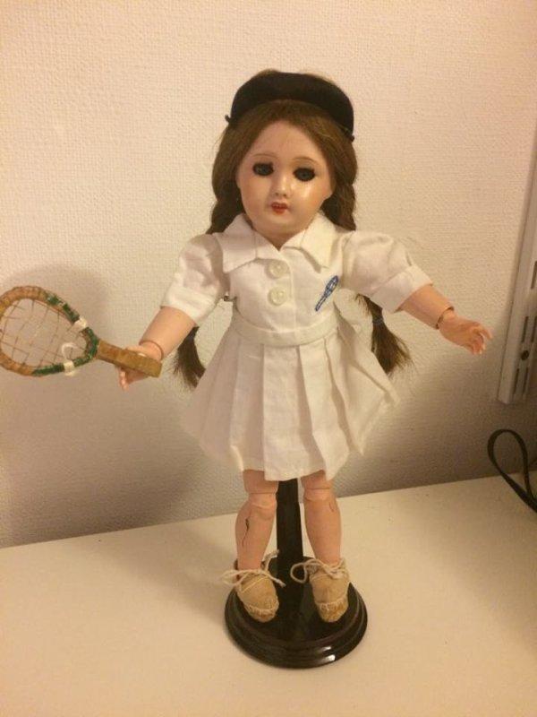 Bleuette prend sa leçon de tennis