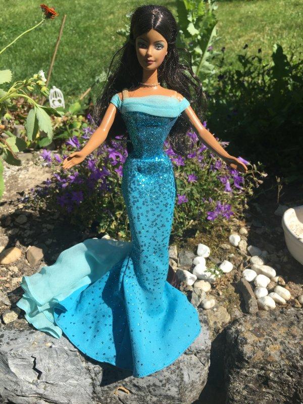 Première brocante après plus d'un an , j'ai trouvé une Barbie