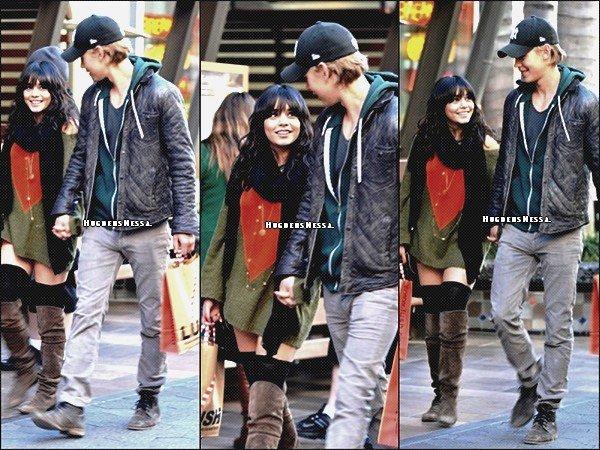 Le 24 Decembre 2011. Vanessa a été vue fesant ses dernières courses de Noel accompagné de Austin.