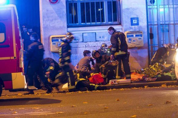 Montpellier: Six mois ferme pour avoir fait l'apologie des attentats de Paris **MOI JE L'AURAIS DIRECT EXULSER**
