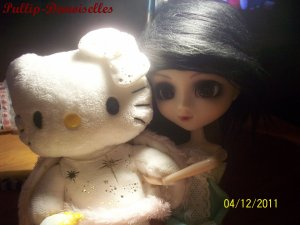 Karin & Ma Peluche Hello Kitty Ange