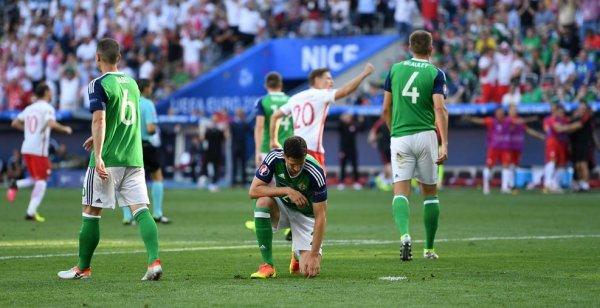 L'Irlande du Nord s'incline devant la Pologne (0-1)