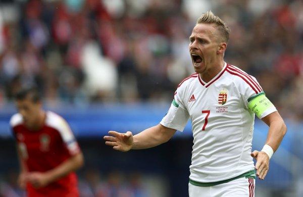 Victoire pour la Hongrie face à l'Autriche (2-0)