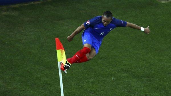 La France l'emporte finalement face à l'Albanie (2-0)