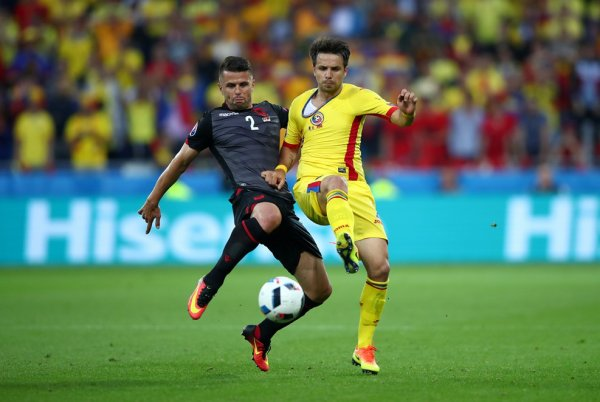 L'Albanie arrache la victoire face à la Roumanie (1-0)
