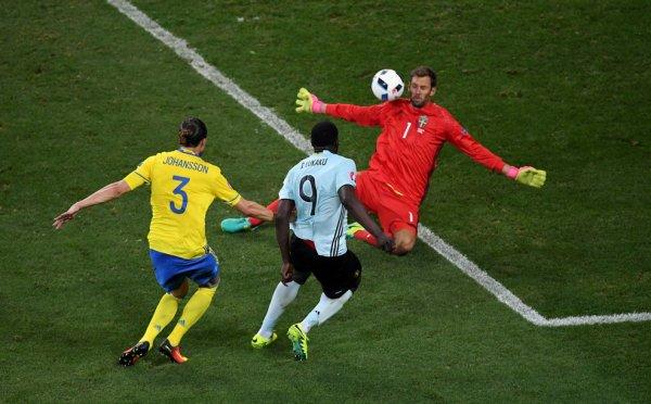 La Suède s'incline face à la Belgique (0-1)