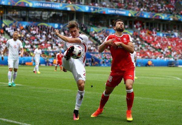La Pologne se qualifie en quart aux tirs au but et élimine la Suisse (1-1 ; TAB 5-4)