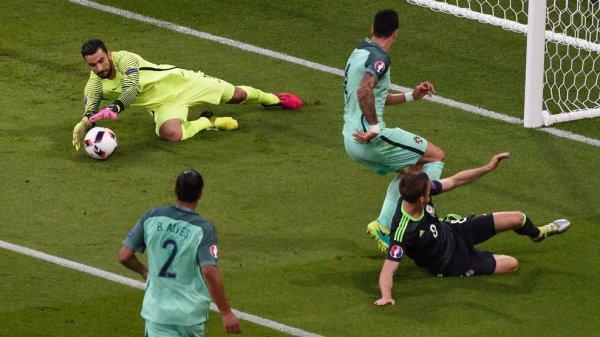 Le Portugal en Finale (2-0)
