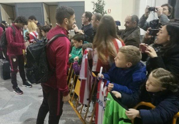 Les Colchoneros avec les fans