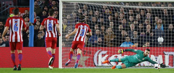 Copa del Rey : Grâce à Suarez et Messi, le Barça prend le meilleur sur l'Atlético (1-2)