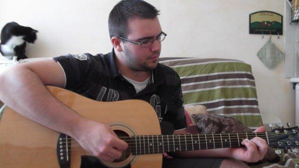 C'est moi , qui joue mes premières notes ! :-)