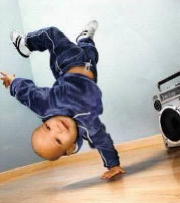 bebe qui fè du hip hop