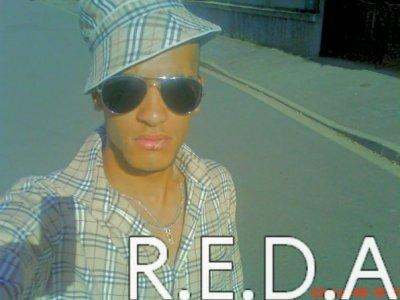 R.E.D.A   Mon badge