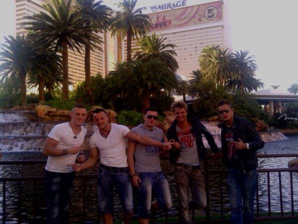 les Ch'tis à Las Vegas sur W9