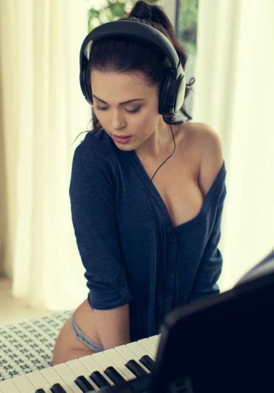 Femmes Pianos Musique