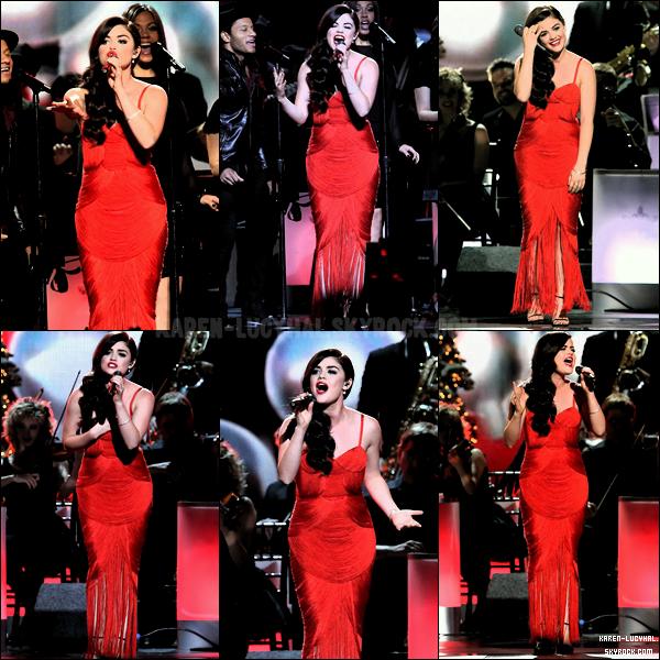 06 Novembre 2013  Lucy était présente aux CMA Awards Je la trouve superbe!
