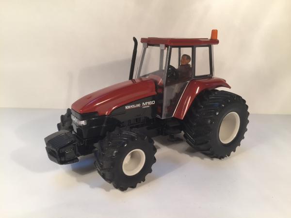 tracteur Fiatagri M160 pneux basses pressions  Birtains 1/32