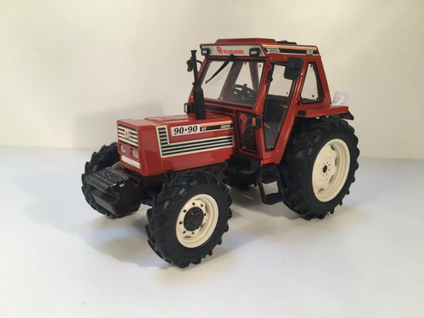 tracteur fiatagri 90-90dt 1/32