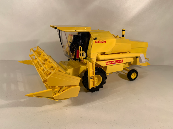 moissonneuse New Holland 8070 Replicagri 1/32