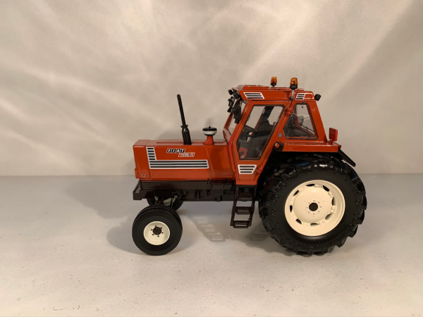 tracteur FIAT 1180H