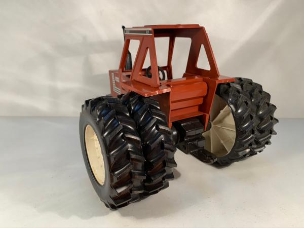tracteur Hesston 140-90 Scale Models